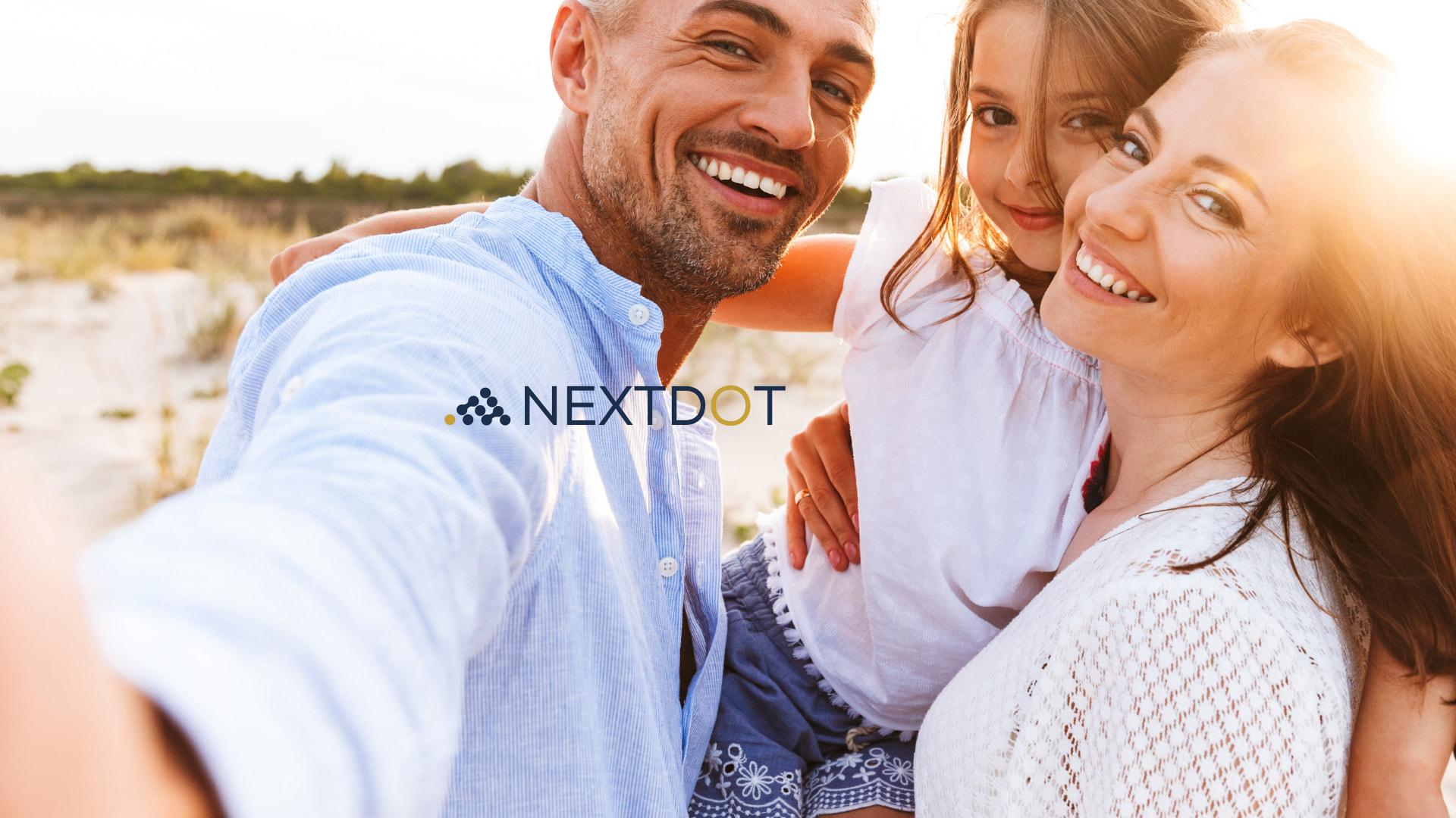 Interakt Client background - NextDot